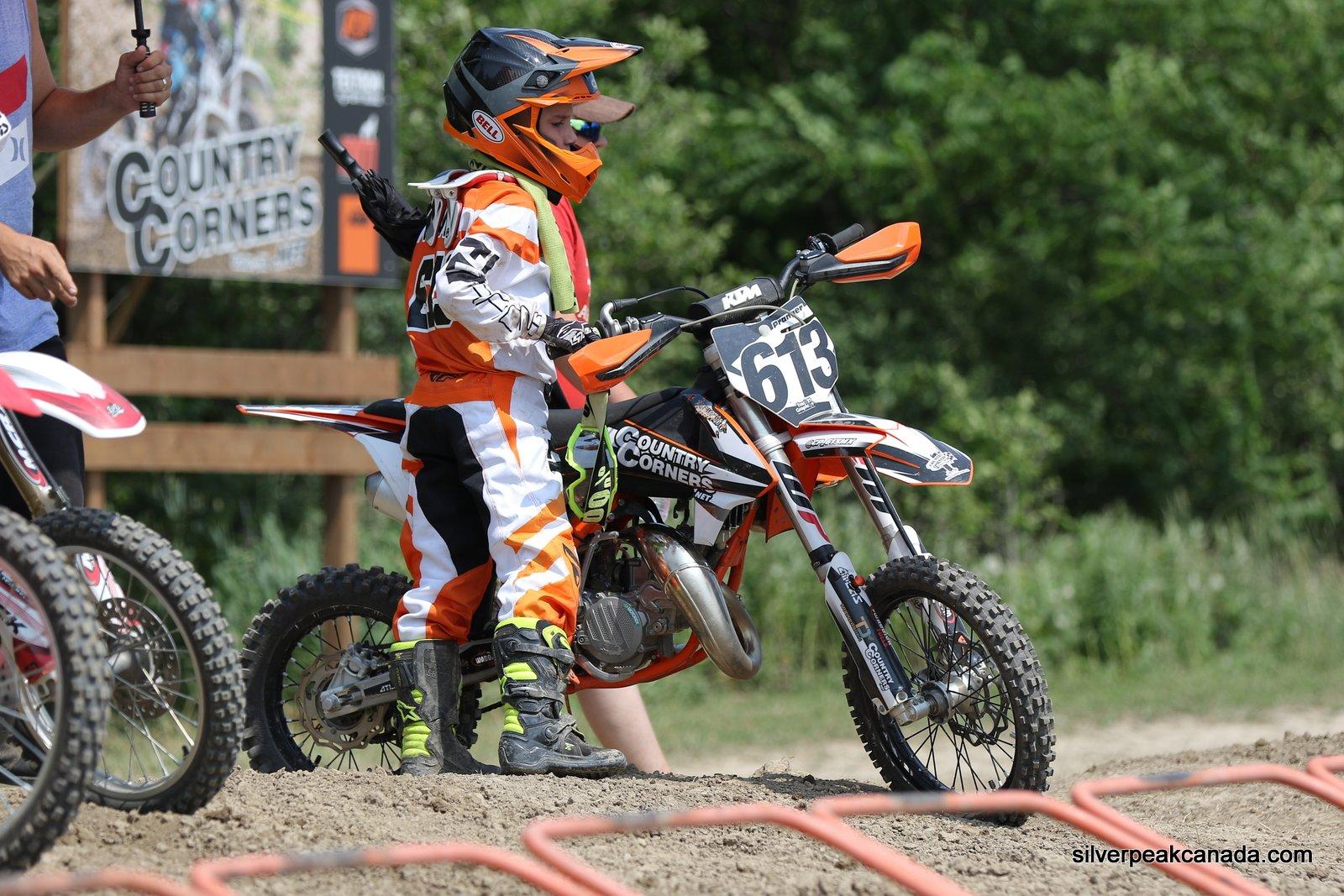 SilverPeak-Studios-Canada-Sarnia-Photography-Motocross-Gully-Mor-Moto-Alvinston-Cole-Pranger (14)